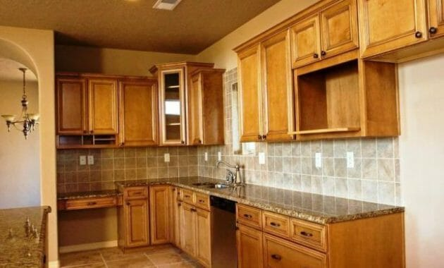 Choosing the Best Used Kitchen Cabinets for Sale