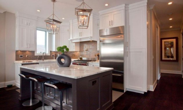 Minimalist Kitchen Chandelier Design Ideas for Your Small Kitchen