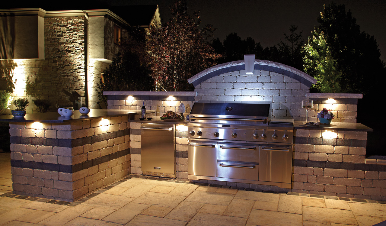 Outdoor Kitchen Island with lighting