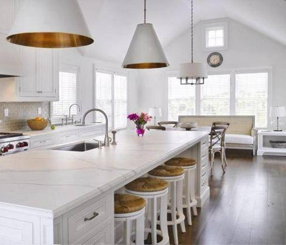 classy gold pendant Lighting Ideas for Kitchen