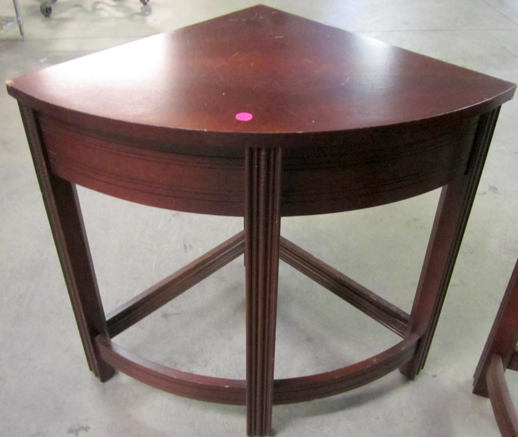 corner ¾ circle coffee table