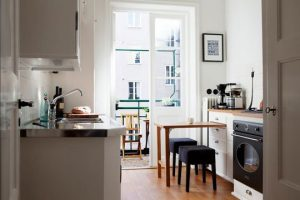 How To Place Dining Table in Small Kitchen With 7 Smart Ways