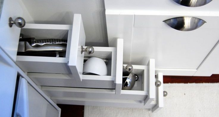 Drawers for Small Minimalist Kitchen