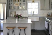 Kitchen Design Ideas with Stools