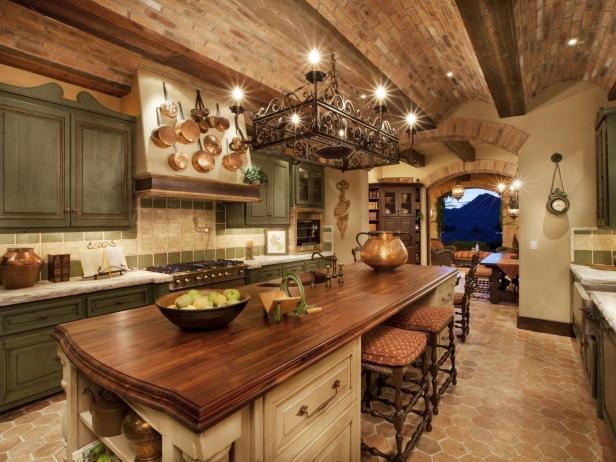 Cozy Up Your Cooking Space With These Rustic Kitchen Ideas