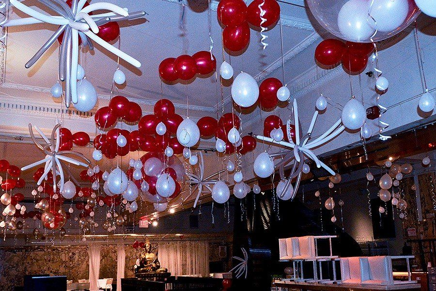Colorful balloon Christmas decor