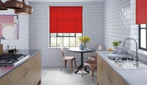 Kitchen Curtains vs Blinds – Which One is Better?