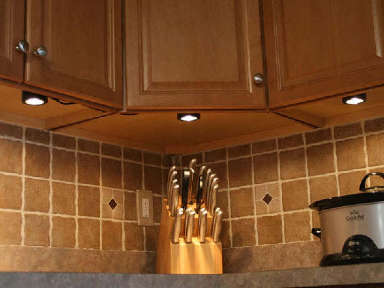kitchen Under cabinet lighting fixture