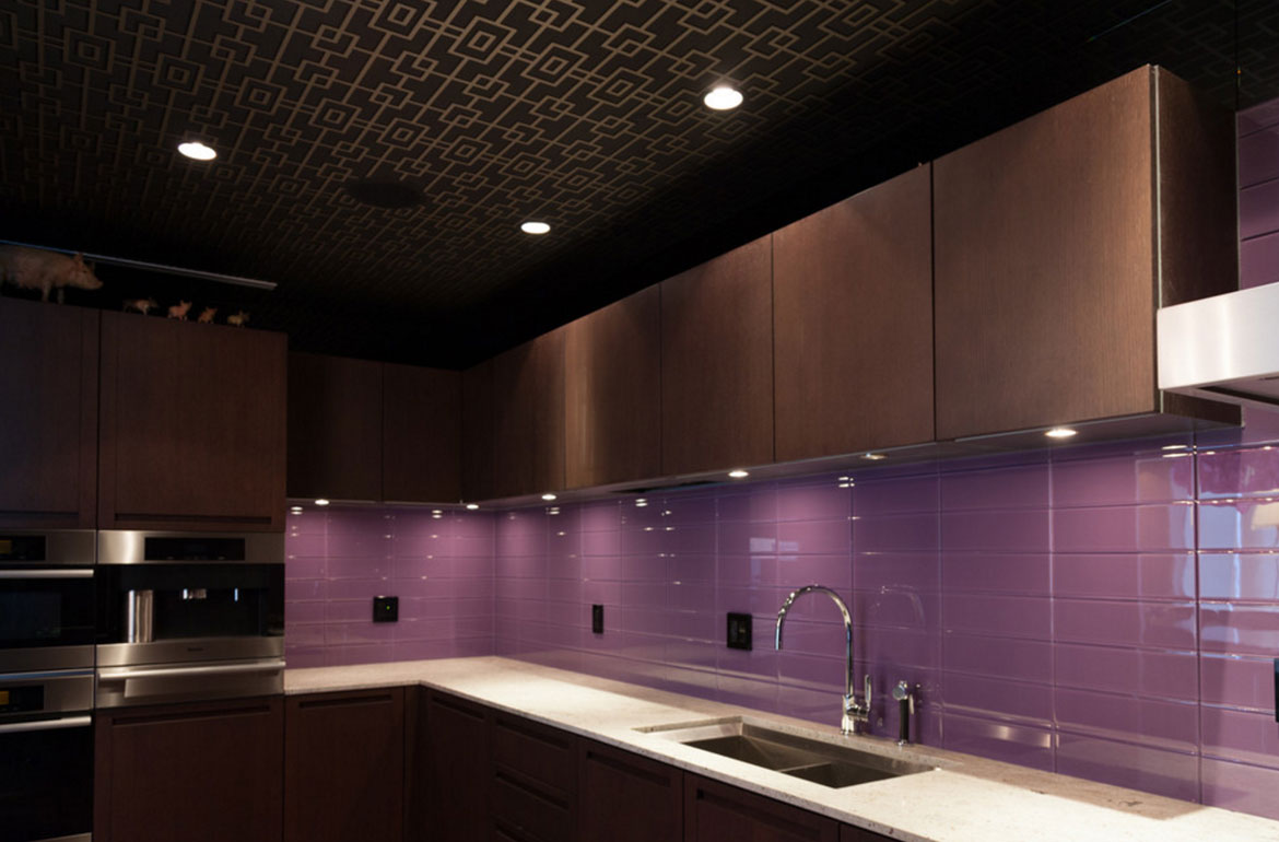 purple backsplash for kitchen