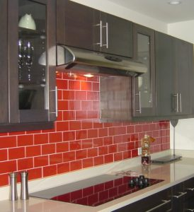 How To Décor Kitchen with Red and Spice Up the Whole Room