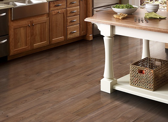 Vinyl Flooring For Kitchen – Pros And Cons