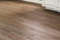 5 Hardwood Flooring Pros And Cons Based On Customer Reviews