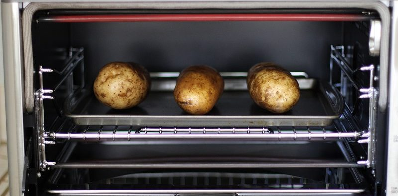 baked potato in toaster oven