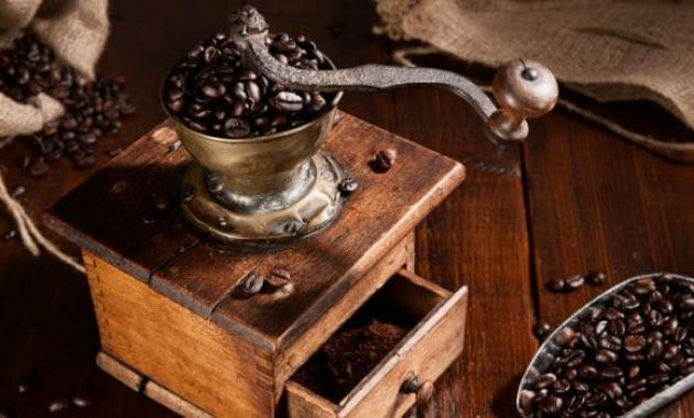 Think 5 Benefits of Purchasing Grind and Brew Coffee Maker