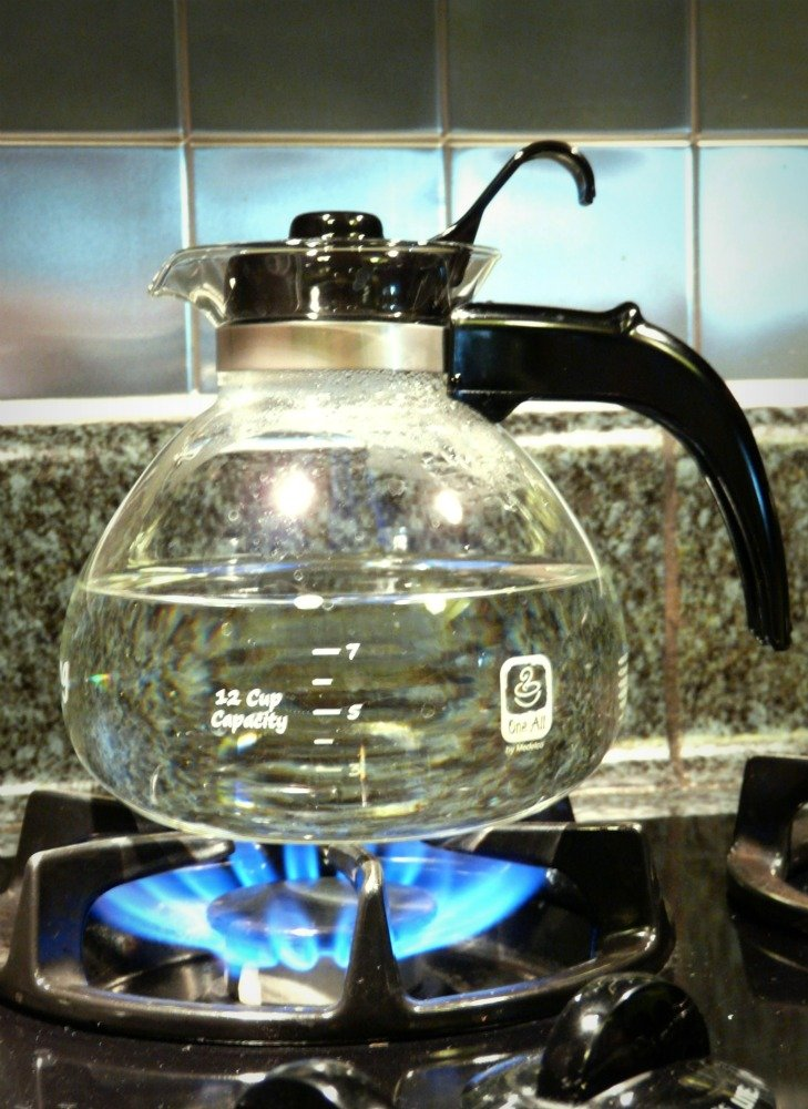 Medelco Glass Stovetop Whistling Kettle