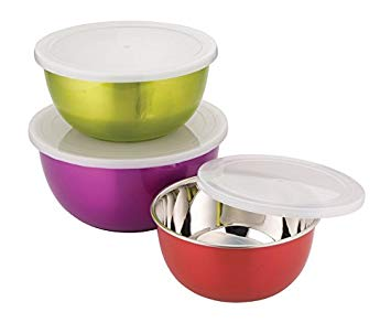 Mixing Bowls with Lids in microwave