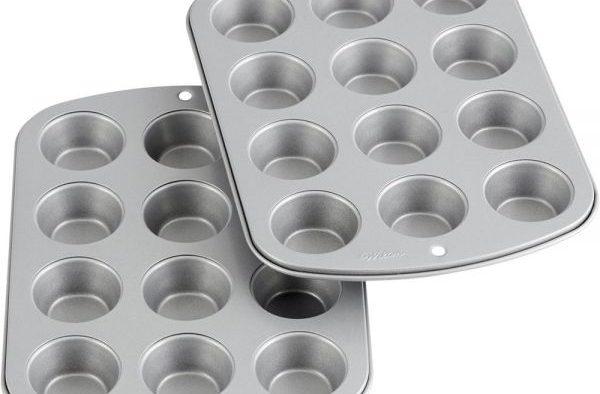 Top Non Stick – Wilton's 12 Cups