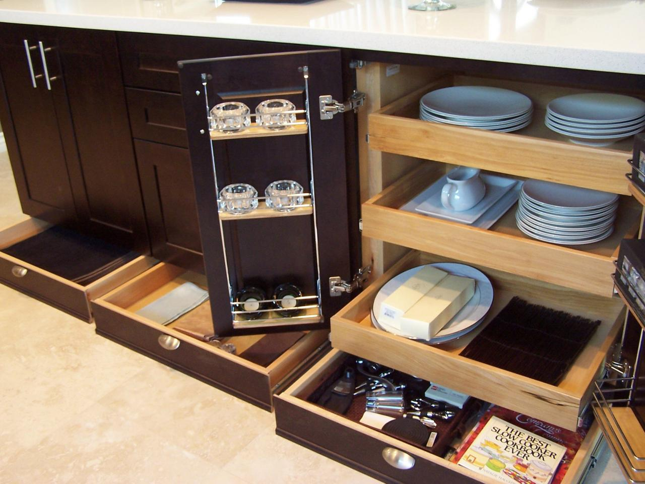 Pull Out Shelves For Kitchen Cabinets