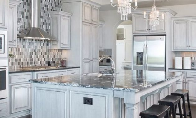 chair-kitchen-ceiling-lights-candelier-faucet-countertop-kitchen-set-design-exhausted-cutleries-chinawares-wooden-floor