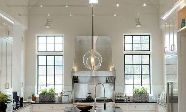 kitchen-ceiling-lights-candelier-kitchen-set-countertop-wooden-floor