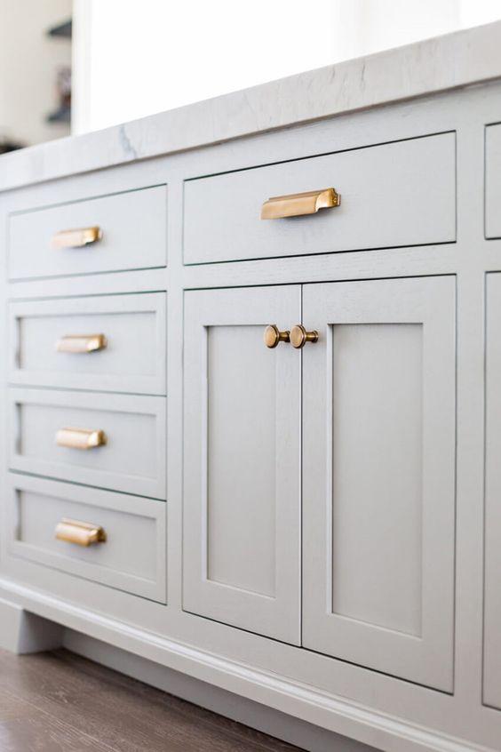 kitchen knobs 1