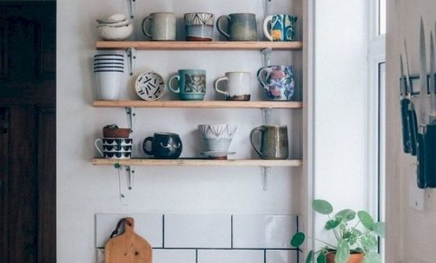 kitchen remodeling ideas-washbasin-faucet-kife-knives-cup-cups-chinaware-wooden-countertop