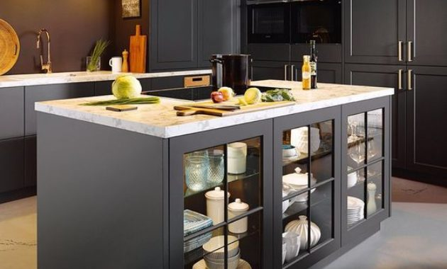 used-kitchen-cabinets-material-countertop-knobs-accesories-exhausted-plate-cuttleries