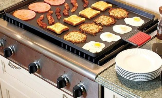 kitchen-organization-fried-egg-breakfast-bacon-hashbrown-potatoes-sausage-plates-oven-toaster-cabinet-drawer